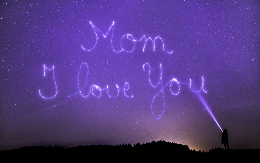 9 Fun Ways to Make Mom Smile on Mother's Day